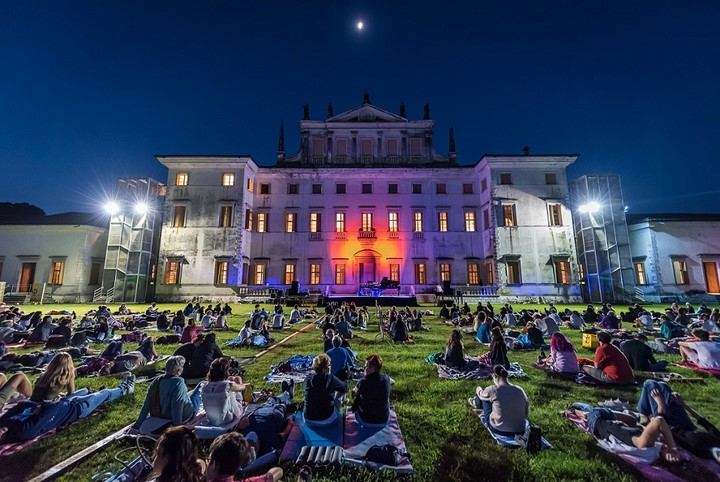 Villa Manin, concerto all'alba di Davide Boosta Dileo